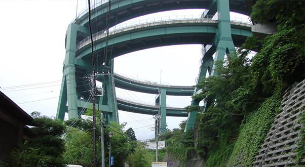 ponte-a-spirale-kawazu