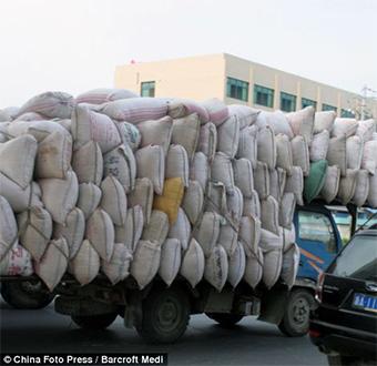 camioncini-cinesi-carico