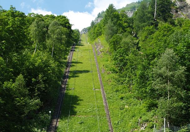 larchwandschragaufzug-austria