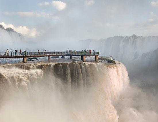 Iguassu-Falls-skywalk
