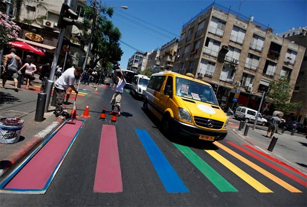 strisce-pedonali-Gay-Pride-a-Tel-Aviv-Israele