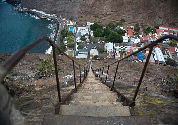 Le scalinate più ripide del mondo-Isola-di-Sant'Elena